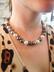 Karen - Pearl necklace